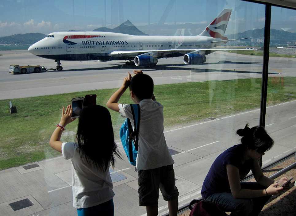 сопровождение детей в самолете уральские авиалинии