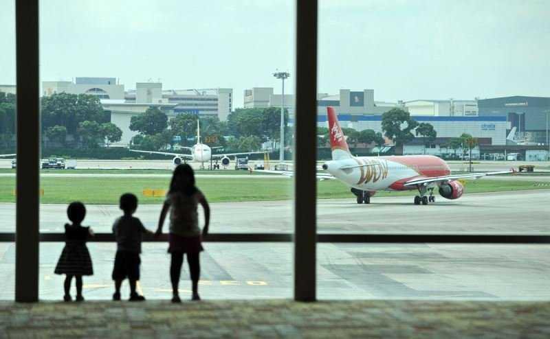дети в самолете как легче