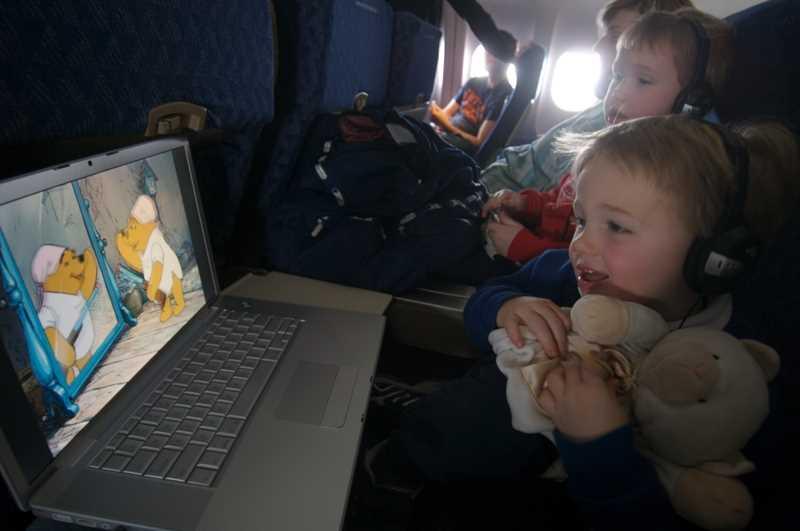 дети с какого возраста могут летать в самолете