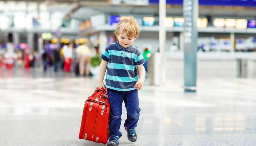 как летят годовалые дети в самолете