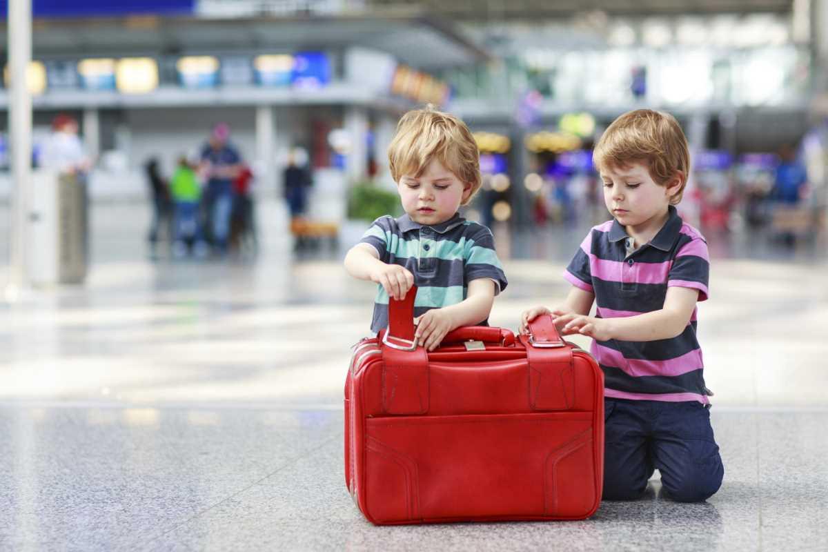 дети до 12 лет в самолете с родителями
