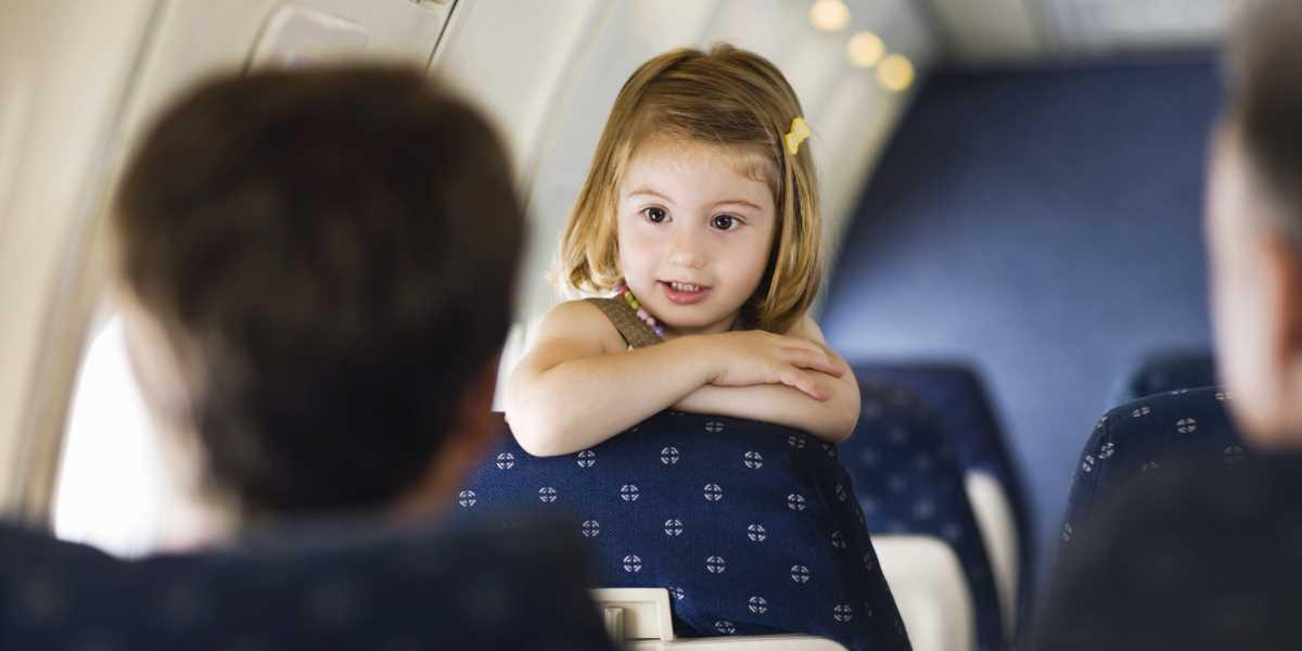 дети 3 лет в самолете