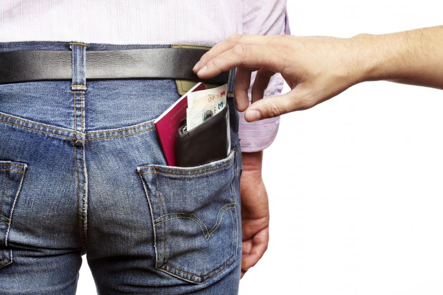 Как избежать кражи при поездке за границу