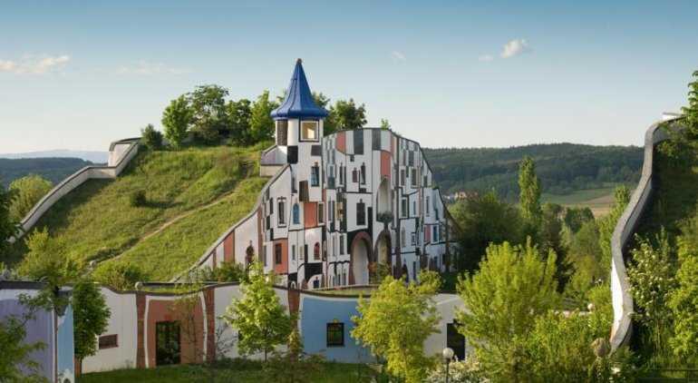 Архитертурный шедевр - отель Rogner Bad Blumau