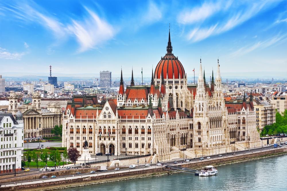 Венгрия снова вошла в список лучших новогодних стран