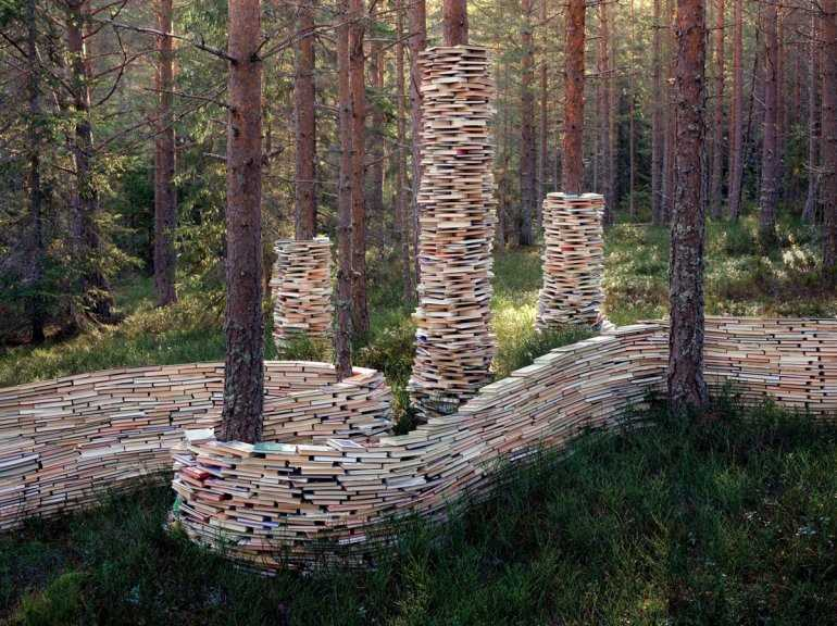Книжный лес в Берлине