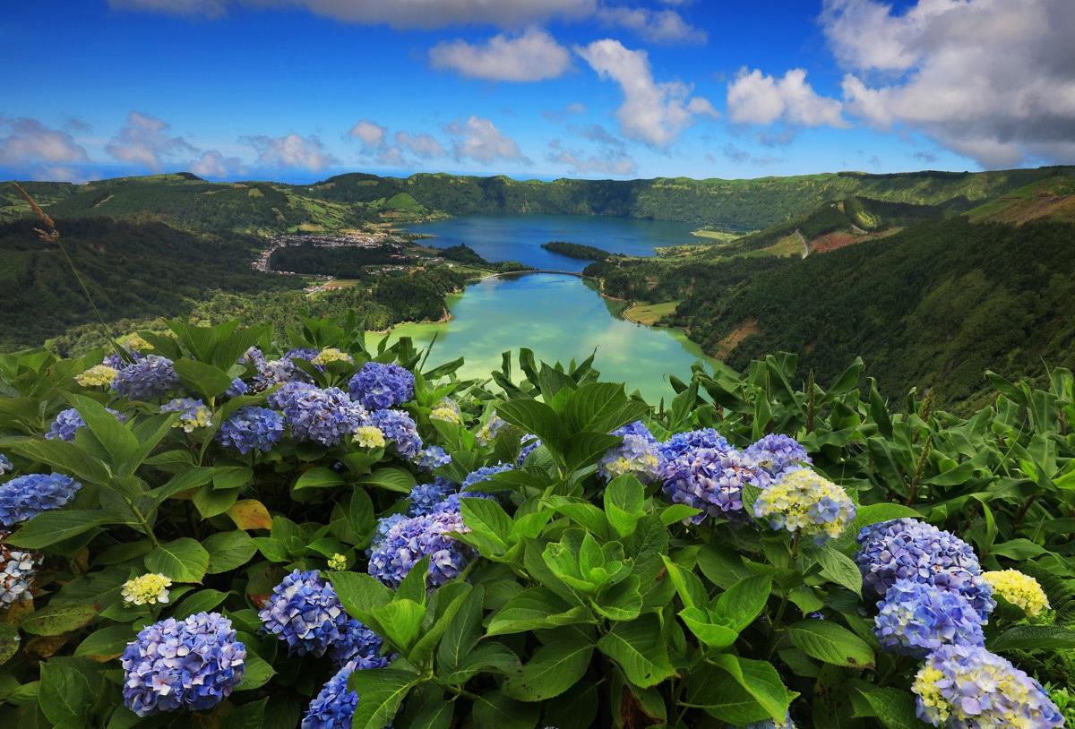 Отдых на Азорских островах в домах из вулканического камня