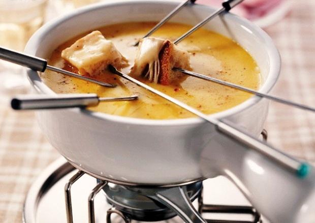 Суп швейцарский с сыром