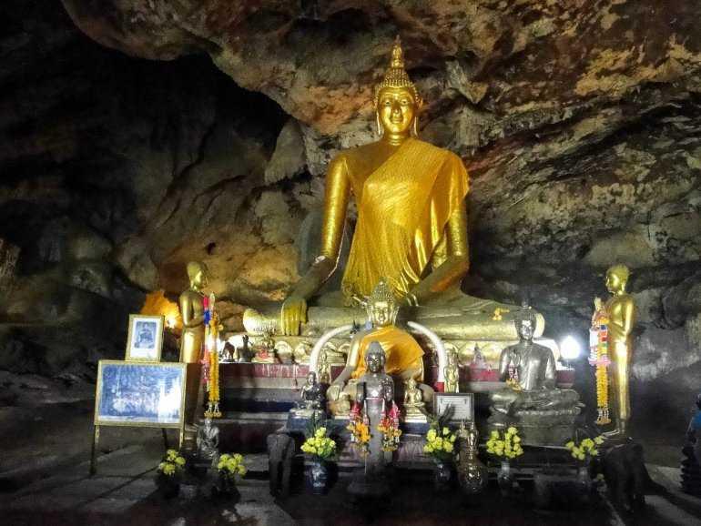 Достопримечательности Хуа Хина Пещера Будды