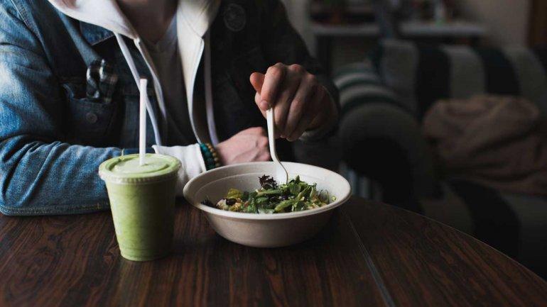 От каких продуктов толстеют или полнеют