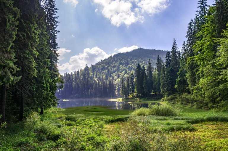 Скрытые от глаз тайны озера Синевир