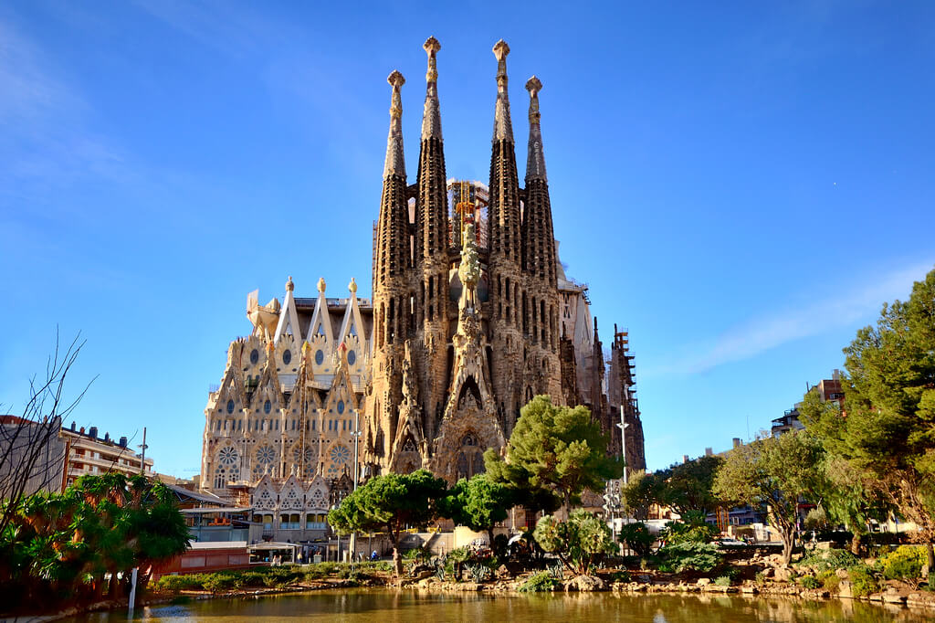 Все самое интересное об отдыхе в Испании. Курорты, отели, цены