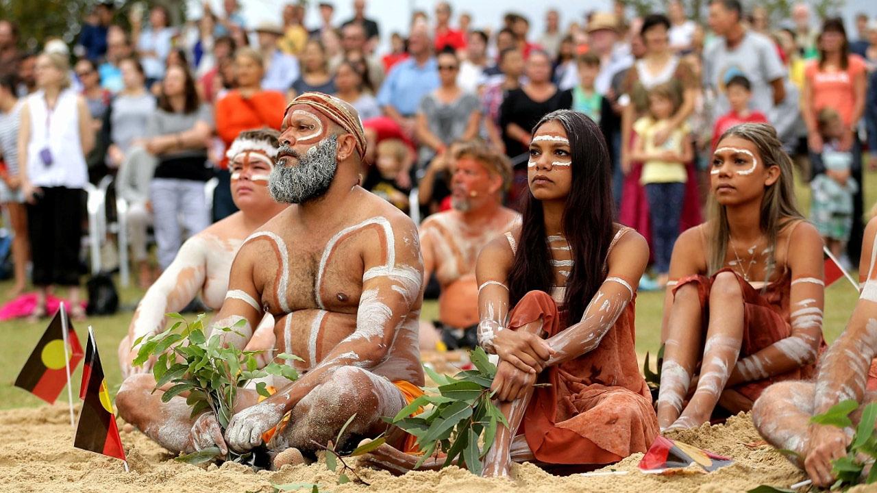 Как называют коренных жителей Австралии?