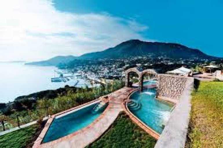 10 лучших отелей Италии