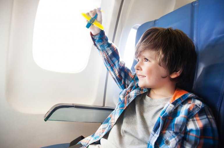 Вас тоже раздражают чужие дети в самолете?