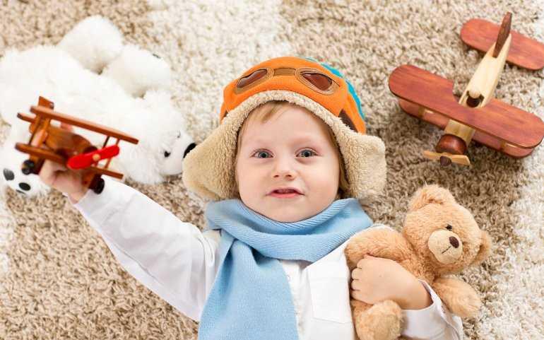 Дети в самолете: Документы, билеты, правила перелета