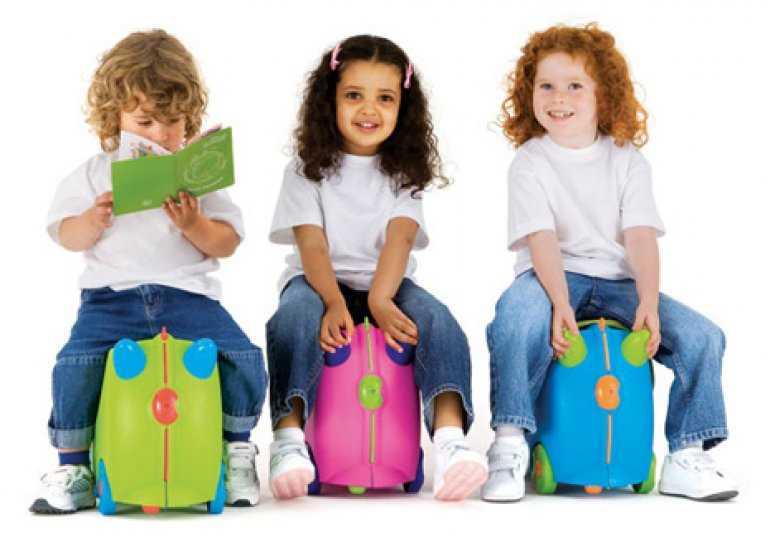 До каких лет дети в самолете летят бесплатно или особенности детских авиаперевозок в разных странах
