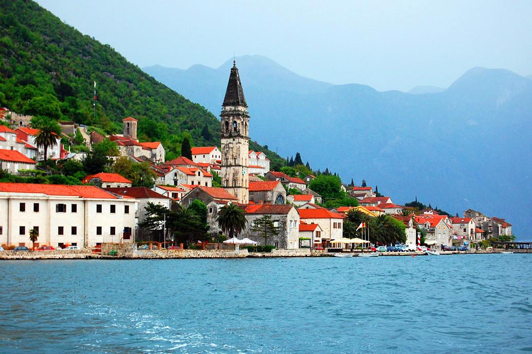 Как правильно посещать гостей в Черногории