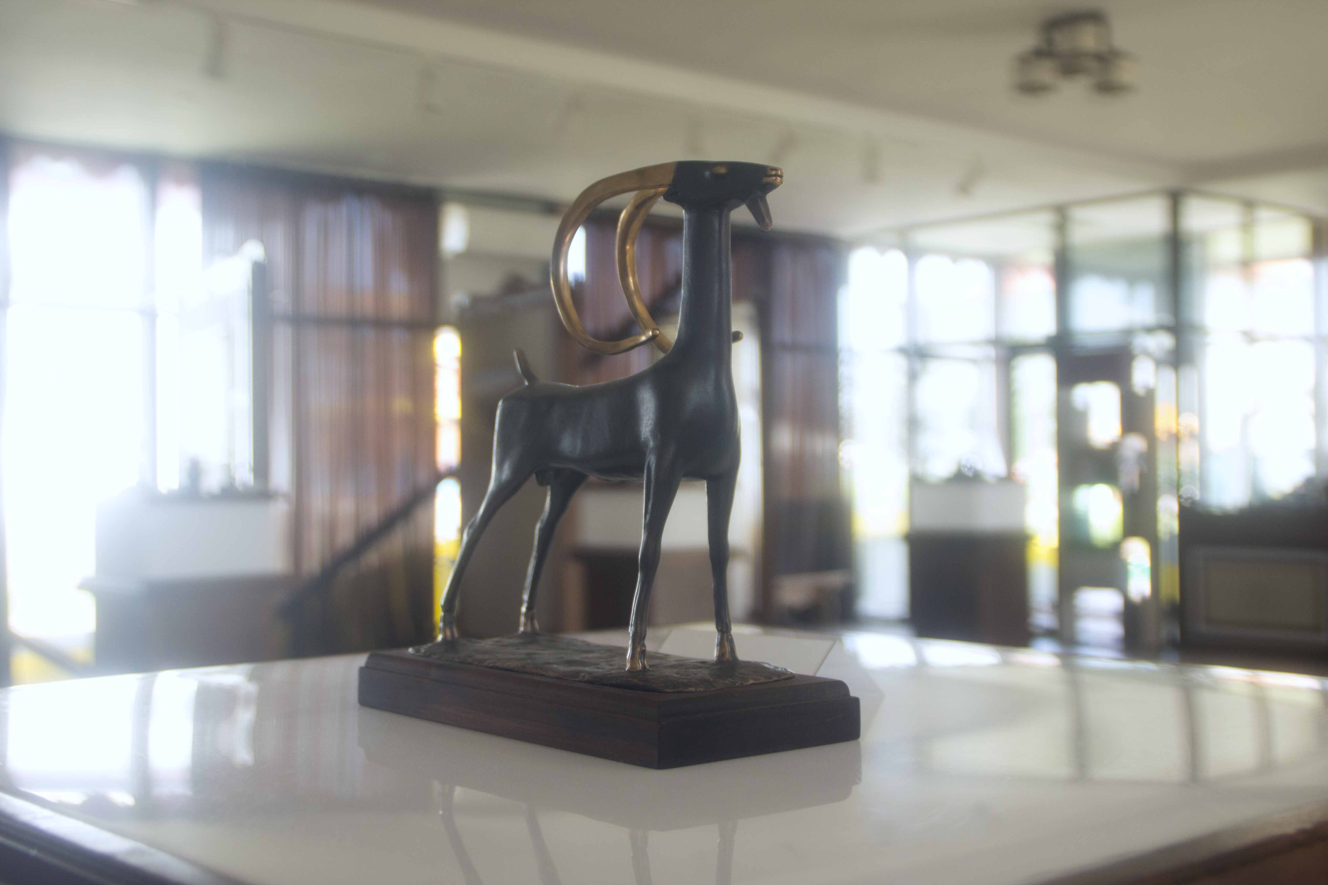 Бронзовая статуэтка. Выставка работ народа бурятии. Иволгинский дацан