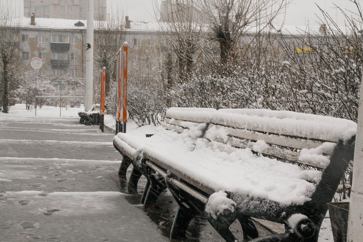 Снег выпавший в мае. Город Чита